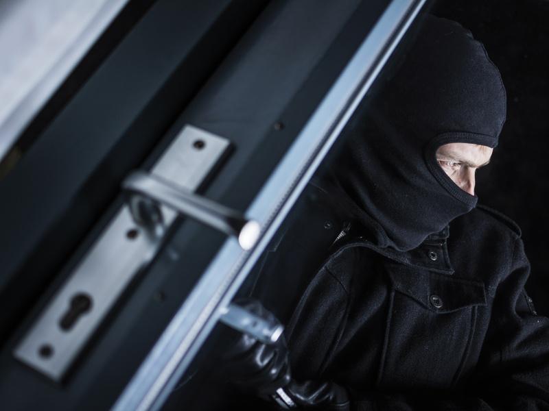Proteggere la casa dai furti: 7 consigli per sentirsi più al sicuro